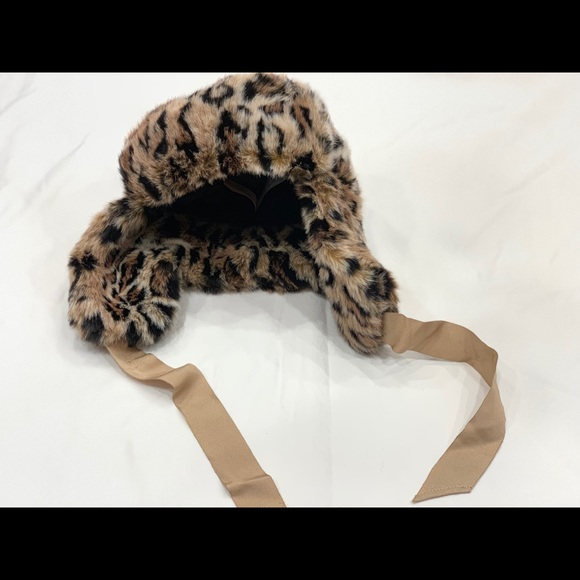 Juicy Couture Accessories - Juicy Couture Trapper Hat